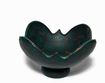Emerald green bowl, small bowl, polymer clay dish, ring bowl, trinket dish, dark green clay bowl, jewel tone colors, gift for her, gold