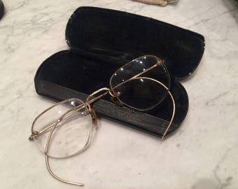 Vintage wire glasses ,vintage eyewear,round frame glasses , john Lennon frames.