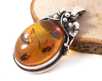 Vintage Amber Silver Pendant, Silver Amber Pendant, Sterling Silver Pendant, Oval Pendant