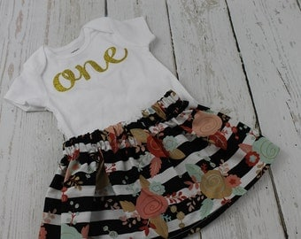 Girls 1st Birthday Outfit  Gold Floral Skirt Gold Mint One Bodysuit Baby Girls 2nd Birthday Outfit Gold Birthday Outfit