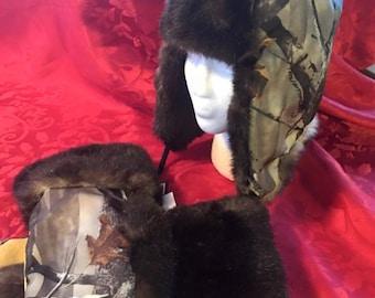Ladies Gortex Trapper Hat with Matching Mittens