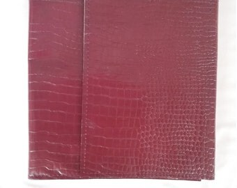 Tri fold style ministry organizer maroon reptile pattern leather