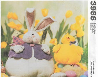McCall's Crafts 3986 Cynthia Rose Stuffed Bunny and Chick Sewing Pattern 2003 Uncut