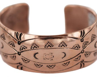 250 Retail Tag Authentic Navajo Handmade Horny Toad Made by Charlene Little Native American Pure Copper Bracelet 13125-3