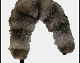 Glacier Wear Blue Frost Fox Fur Ruff 28 inches