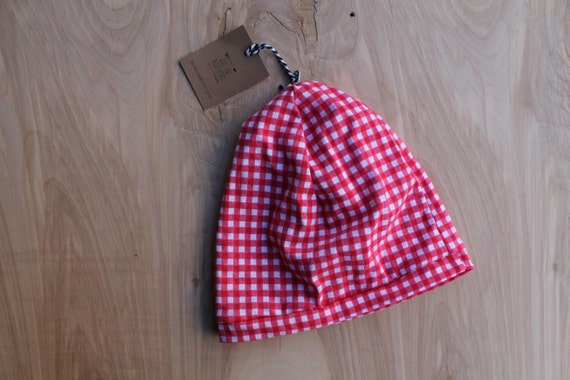Baby slouchy beanie- red picnic gingham- slouchy hat- baby slouchy toque- hipster baby clothes- trendy baby clothes- gender neutral