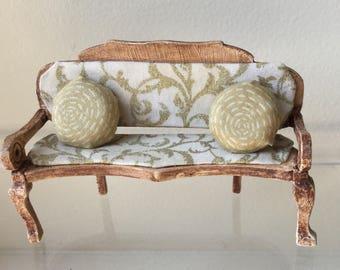 Dollhouse Miniature Sofa (JB)
