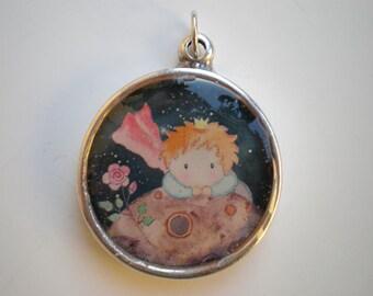Resin pendant, epoxy resin jewelry, epoxy resin pendant, round pendant, woman pendant