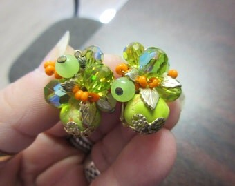 Screwback Flower Earrings Signed Vendome