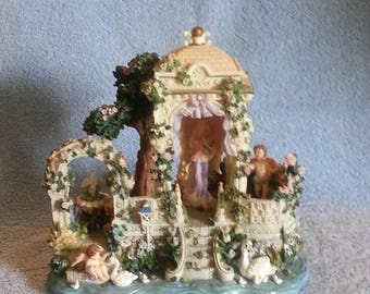 Music Box - Animated - Angels Garden