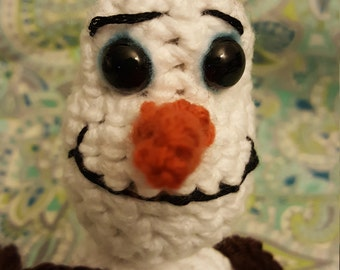 Olaf inspired snowman