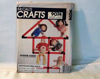 McCalls Crafts Doll pattern and clothes, number 9074, vintage 1984, Blossom Babies and Wardrobe, Crafting pattern
