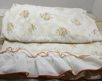 Twin Flat Sheet, Read Descriptions, vintage bedding, ruffled edge