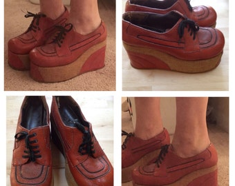 WEEKEND SALE!!!///1970's super high platform leather shoes for women. 7.5