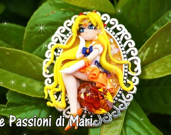 Sailor Venus Cameo with yellow Swarosky