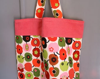 Shopping bag apples pink