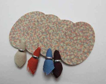 Vinyl Placemats w/Matching Napkins - dollhouse miniature 1:12 scale