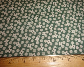 White Flowers and Circles on Green Cotton Fabric 2-1/8 Yards