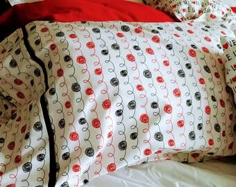 Set of 2 Pillowcases- Fits a Standard / Queen Pillow