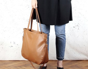 Pacco bag russet rusty ginger red shoulder crossbody tote zipped up pockets oversized city bag everyday handbag vegan faux leather