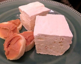 Peanut Butter Banana Marshmallows - 1 dozen Gourmet homemade marshmallows