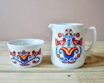 Midcentury Creamer and Open Sugar Bowl Set, Vintage Swediah Folk Art, Love Birds Design by Berggren Shelton Trayner Co.