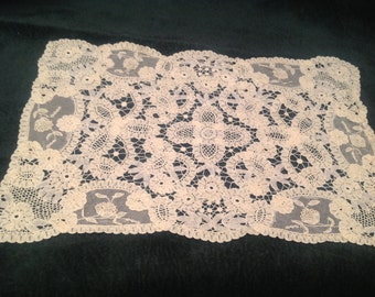 Antique lace, hand worked bobbin lace