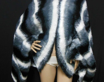Very soft to touch Luxury Tri Color Faux  Fur Fabric 2cm pile great for shawl and wraps 185cm by 89 cm Panel Gray Black White