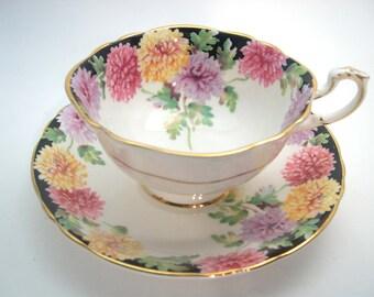 Paragon Double Warrant Tea cup And Saucer, Antique 1940's Paragon Mums tea cup set