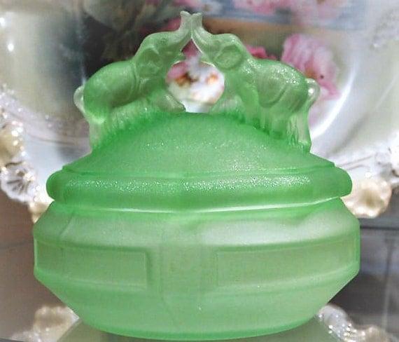 Art Deco Green Depression Glass Powder Jar Elephants RARE Frosted Green Satin Vaseline Glass 1930s LE Smith Vanity Jar Kissing Battling