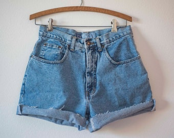 Vintage Cut Off Shorts || High Waisted Denim Shorts || Mom Jeans