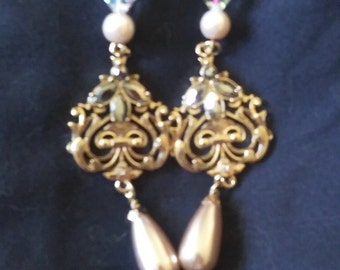 Somewhere in Time Earrings