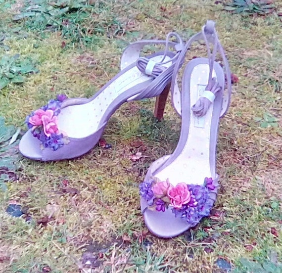 Heather Colored Fairy Slippers, Pink and Purple Wedding Shoes, Flower High Heels, Flower Shoes for Weddings, Size Six Bridal Footwear