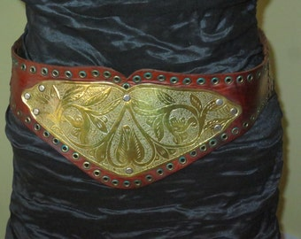 Woman's Vintage 80's Coffee Bean Brown Leather Gladiator Style Belt , Brass Floral Applique