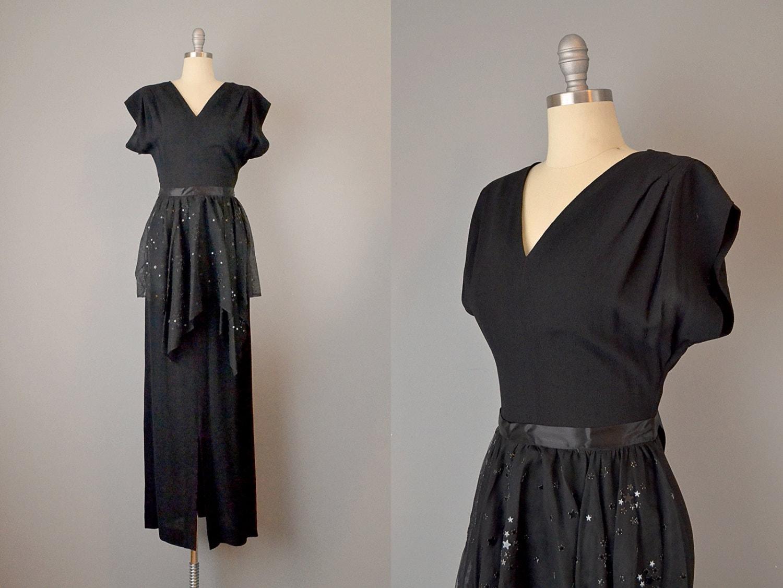 robe des ann es 30 w de la robe en cr pe de soie noir des. Black Bedroom Furniture Sets. Home Design Ideas
