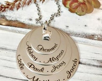 Personalized Engraved Mother's Day Jewelry, Grandma Mom 4 Disc Layered Necklace - Gifts for Grammas, Mommy Necklace