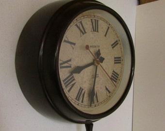 1930s Magneta Vintage Electric Industrial Wall Clock