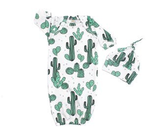 Cactus Newborn Gown, Newborn Jade Organic Gown, Cacti Newborn Gown, Newborn Sleep Sack, Newborn Gown Boy, Desert Green Cactus Newborn Gown