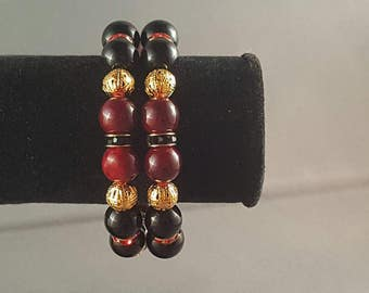 Simple black and red memory wire bracelet