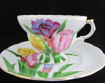 Tea Cup and Saucer, Floral Tea Cup, Vintage Tea Cup, Bright Teacup, Spring Teacup, Bone China Tea Cup, Japan Teacup, Colorful Tea Cup