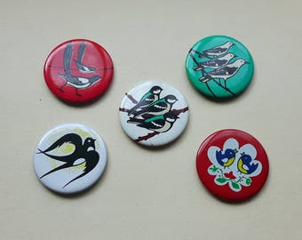 5 Vintage pin brooch with bird swallow and Dove, vintage bird badge