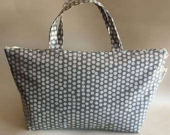 Insulated lunch bag,Cool bag,School bag,Tote bag,Lunch bag,grey spotty oilcloth
