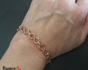 Infinity link copper chain bracelet,  therapeutic copper braclet, hand made by BijouterieOz.