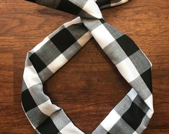 Black and White Buffalo Check Wire Twist Headband
