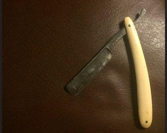 Antique Straight Razor / Cut Throat Razor - Cabinet of Curiosity - Jack the Ripper