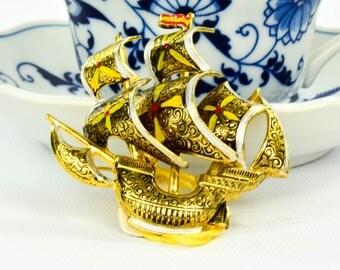 Vintage Ship Brooch- Vintage Damascene brooch- Ship Brooch- Made in Spain- 24k gold plated  brooch- Gift for Him- Mid Century