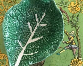 Small Mid-Century Majolica Cabbage Ware Serving Dish | Lettuce Ware | PORTUGAL