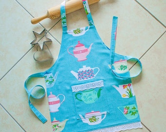 Kids Apron Vintage Teapots, girls blue retro Tea time kitchen baking cooking craft art play apron with pocket, child lined 50s Teapots print