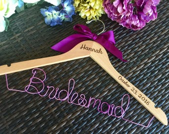 SALE Engraved Hanger with bow, Bridesmaid Hanger, Name Hanger, Wedding Hanger, Personalized Bridal hanger, Bridal Gift, name hanger
