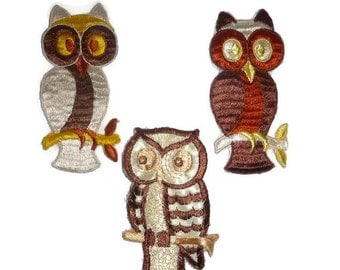 70s Vintage OWL Patch Set of 3 SURPRISE Owls Funky 1970s Embroidered Sew On Kitsch Applique Fabric Badges Hippie Boho Embroidery Sewing Gift